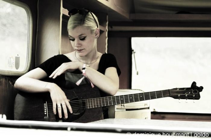 Trixie Whitley, singer, songwriter, les ardentes festival, liège, © photo dominique houcmant