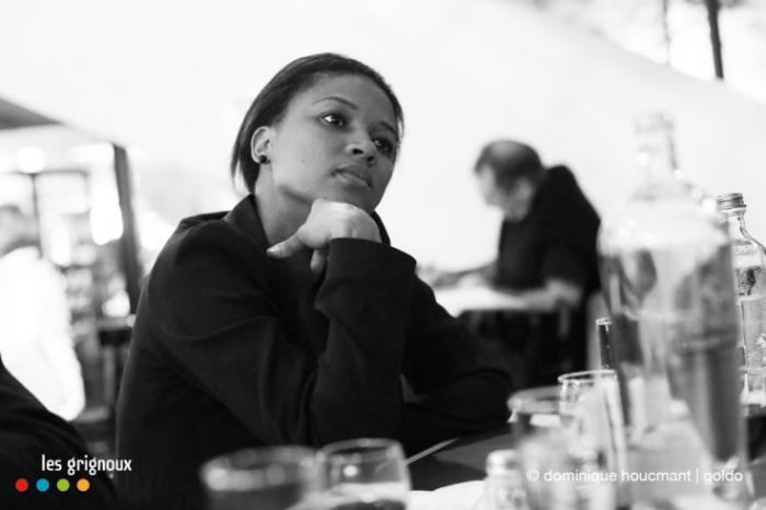 portrait, Kessen Tall, Timbuktu, cinema sauvenière liège, scénariste, femme, sénégal, photo dominique houcmant | goldo graphisme