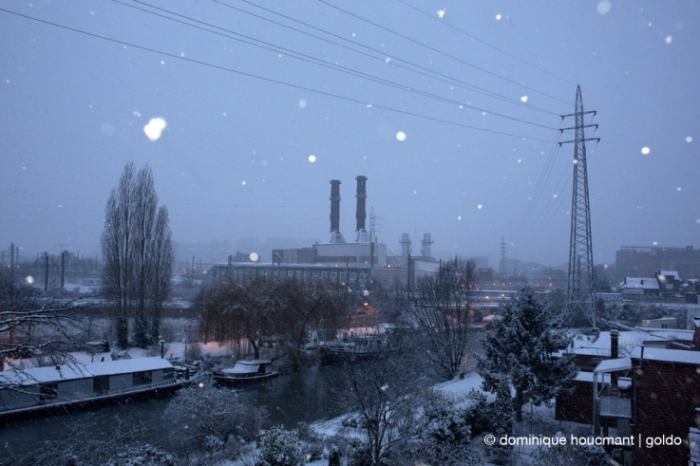 photo canal de l'Ourthe sous la neige, matin neigeux,centrale électrique EDF Luminus, angleur, Liège, Belgique, snow, morning, photo dominique houcmant, goldo graphisme