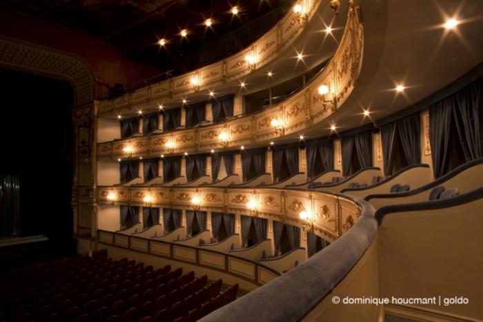 teatro Cervantes Malaga, balcónes, théâtre à l'italienne, balcons, italian theater, balconies, photo dominique houcmant, goldo graphisme